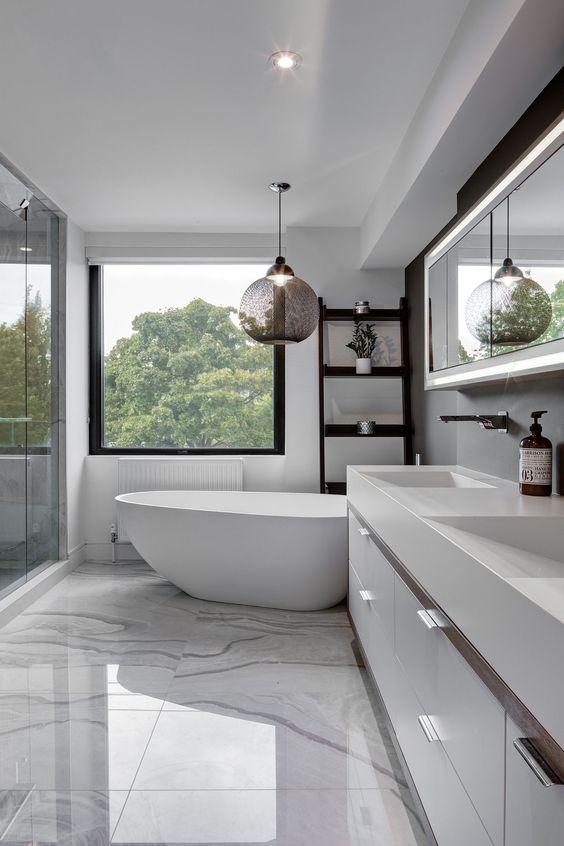 bagno pavimento in marmo