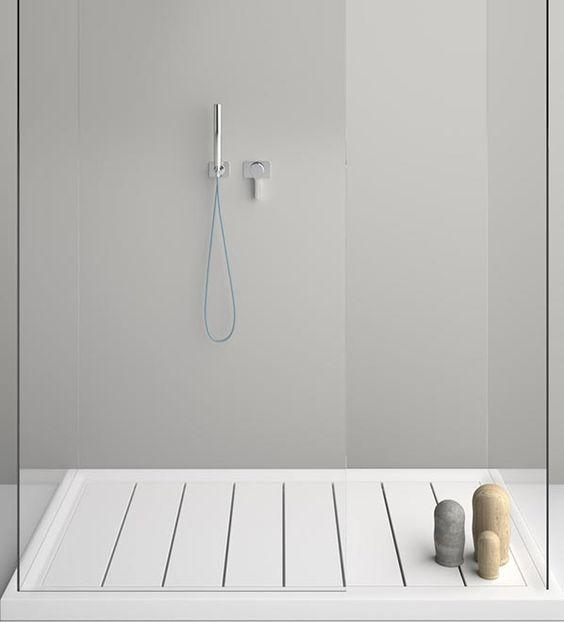 come scegliere il piatto doccia