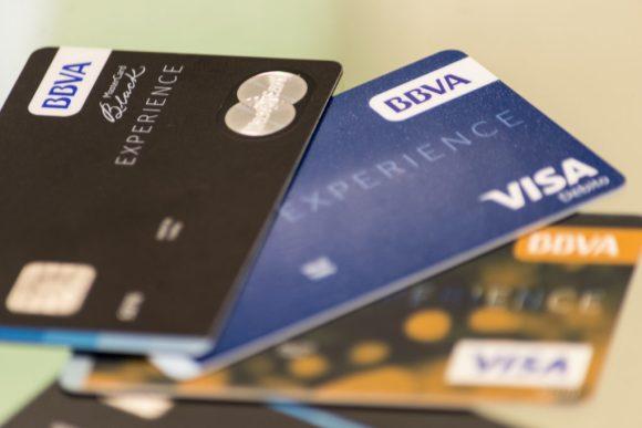 ▷ Cómo solicitar una tarjeta de crédito sin tener experiencia crediticia ⊛