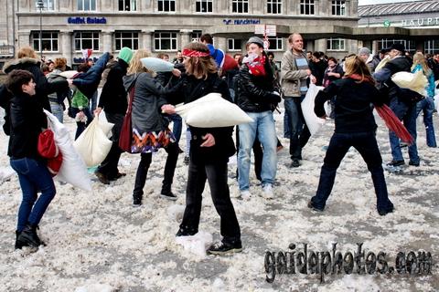 Köln Kissenschlacht 2010