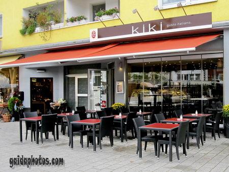 Kiki in Köln Rodenkirchen am Maternusplatz