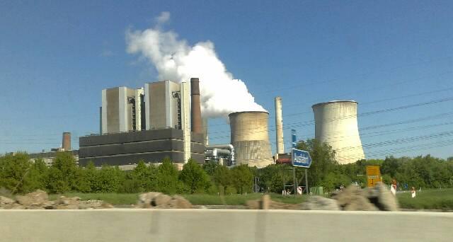 Sa 25.04.2009 10:32 Braun-Kohlekraftwerk