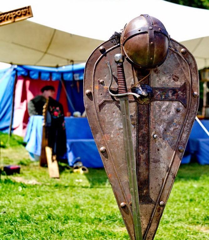 Ritterspiele Satzvey Schild mit Wappen