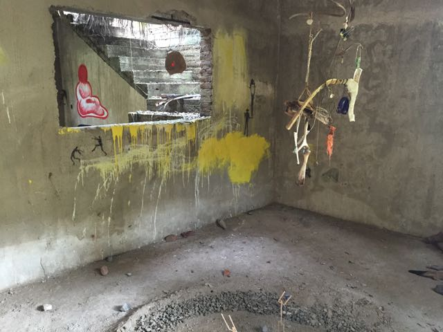 Secret Gallery - Additions against yellow paint