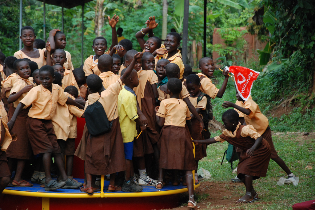 merry-go-round_at_akyremateng_children_in_a_tiny_village_in_ghana_play_on_their_electricity-generating_merry_go_round_for_the_first_time_0