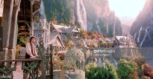 #HoyEsDíaDe Hobbits, caracterizados y en forma humana