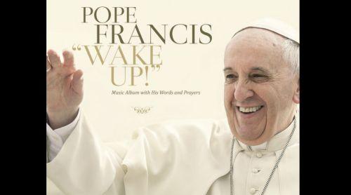 Papa Fransico lanza sencillo de su disco de pop-rock: el último rockstar católico