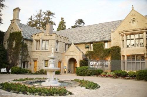 La mansión Playboy a la venta por 200 MDD