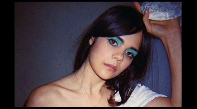 "Bat For Lashes estrena el video ""Sunday Love"""