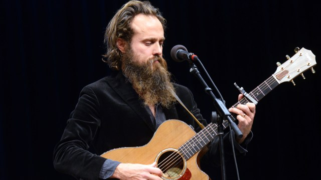 Ponle play: discos nuevos de Coast Modern, Daugther y Iron & Wine