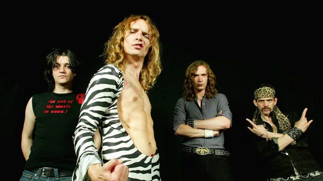 Ponle play: discos nuevos de The Darkness, Entre Ríos y The Horrors