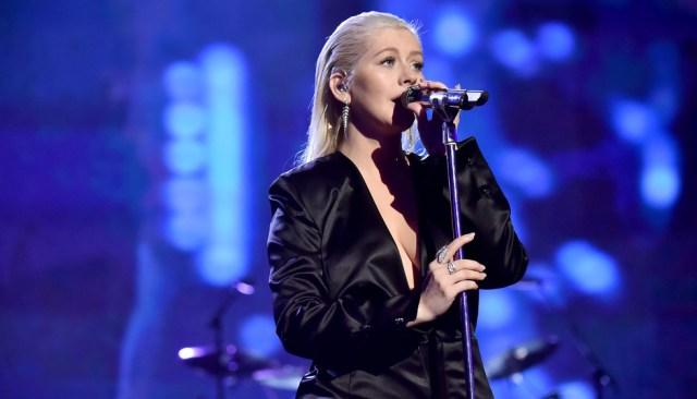 Ponle play: discos nuevos de Christina Aguilera, Kids See Ghosts y 5 Seconds of Summer
