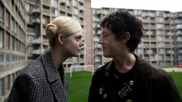 Cómo enamorar a una chica punk: clases de música con raro humor