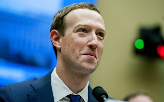 Mark Zuckerberg planea la creación de una red social más privada