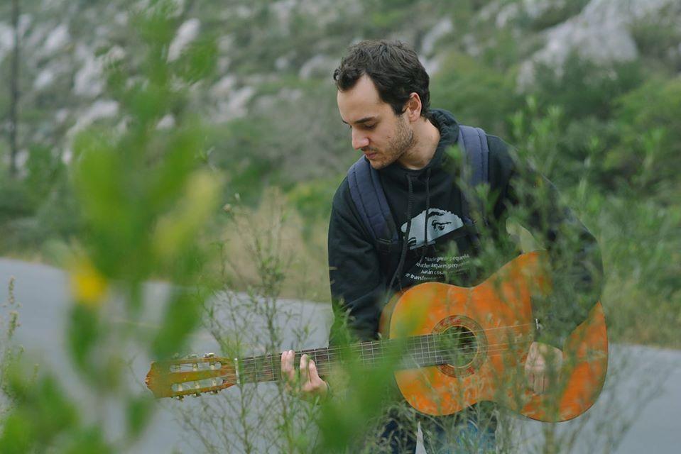 """Emmanuel Talancón presenta su más reciente disco: """"Contradicciones"""""""