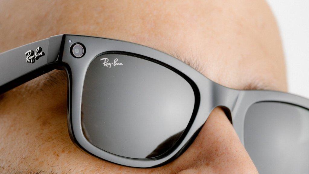 ¿Cómo entrará Facebook al mercado de los smart glasses?