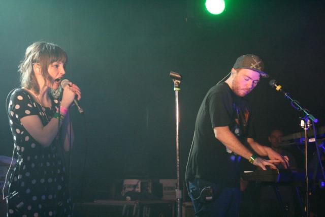 Ponle play: discos nuevos de Chvrches, Sleaford Mods y The Joy Formidable