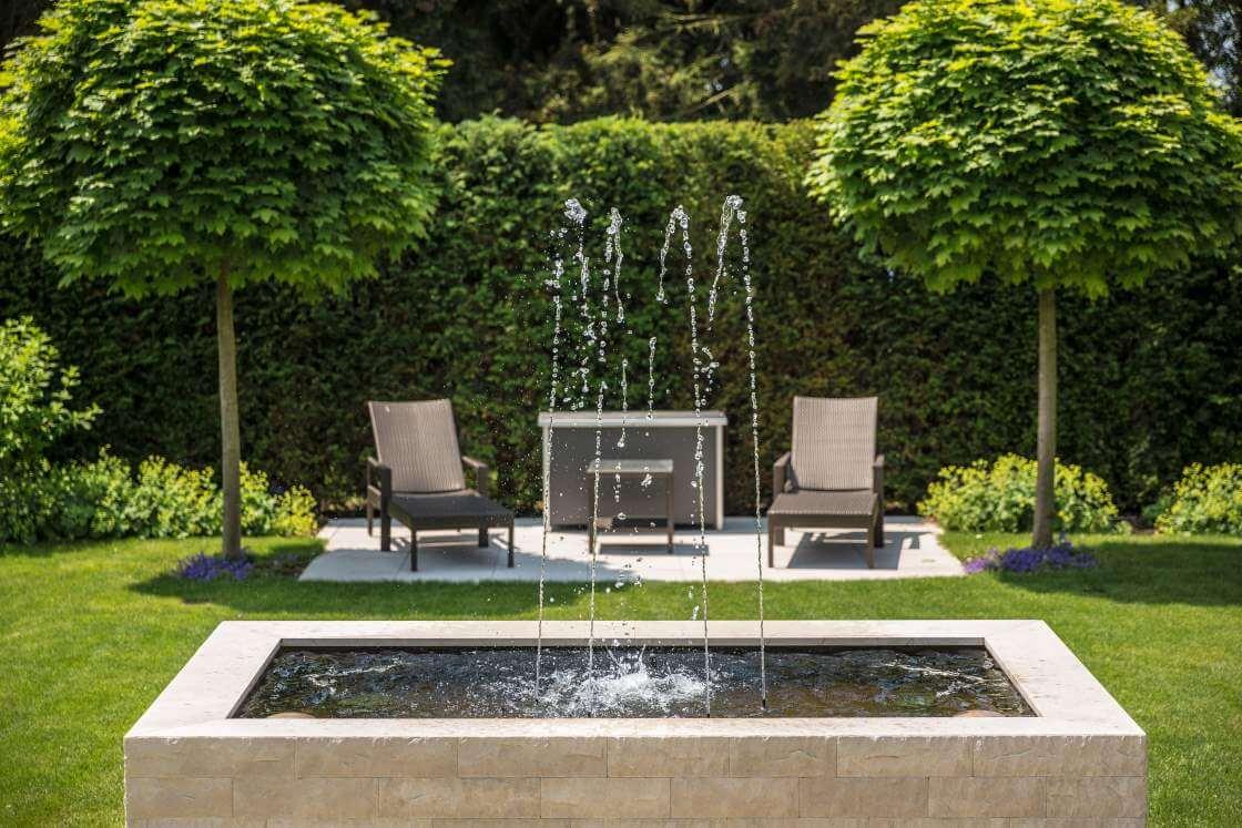 blog springbrunnen im garten anlegen darauf kommt es an. Black Bedroom Furniture Sets. Home Design Ideas