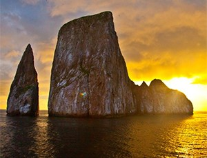 kicker rock sunset