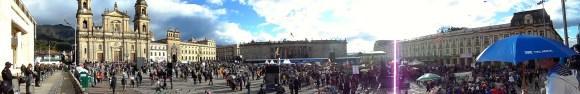 Plaza de Bolívar en manifestación contra destitución de Gustavo Petro