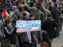 RCN y Caracol en manifestación contra destitución de Gustavo Petro