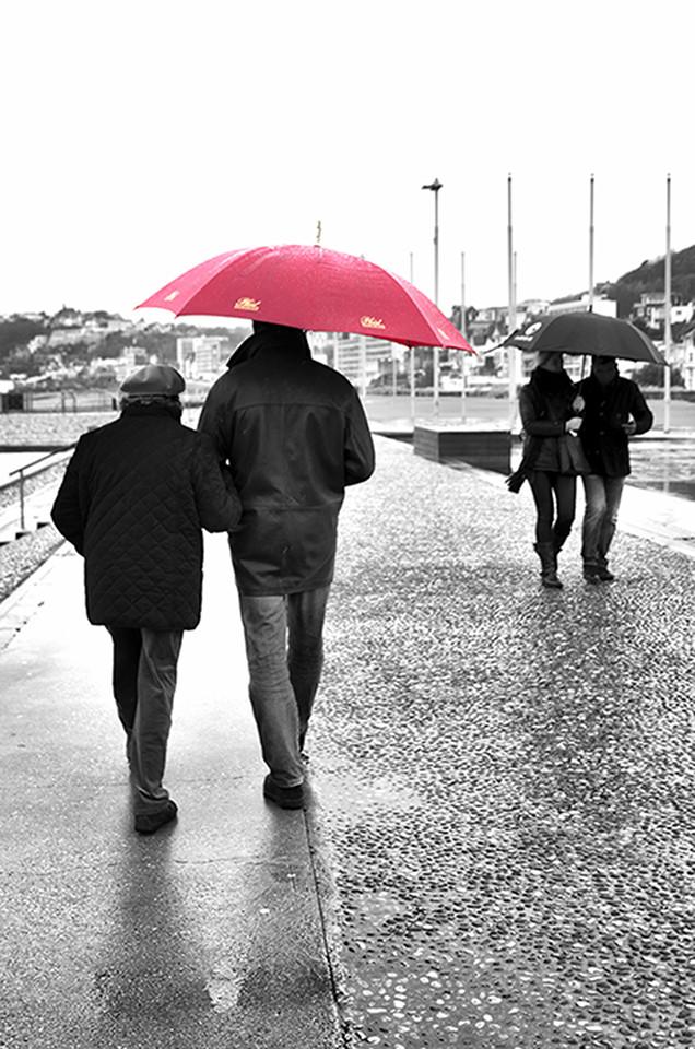 Photo En amoureux sous la pluie
