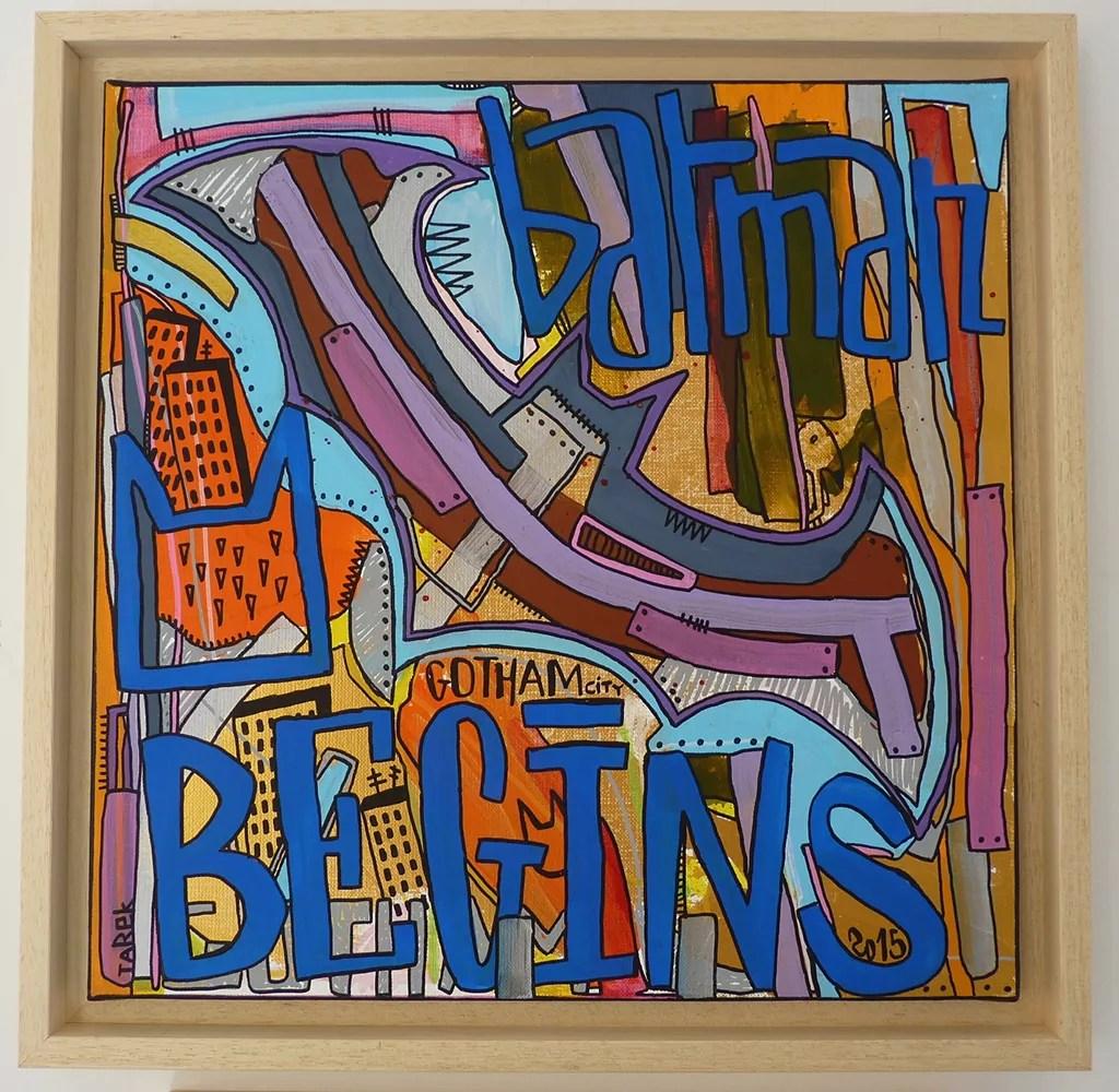 Tarek Ben Yakhlef alias Tarek Né à Paris au début des années 70, Tarek ne cesse d'explorer de nouveaux horizons à travers l'écrit et l'image. Scénariste, peintre, photographe, rédacteur en chef d'un magazine d'art urbain et auteur du livre de référence sur le graffiti français, il est sans aucun doute un artiste polymorphe et inventif. Il a écrit près de soixante-dix livres dont certains sont devenus des ouvrages incontournables (Paris Tonkar, les séries BD Sir Arthur Benton et La guerre des Gaules…), des scénarios pour l'audiovisuel en Europe et aux Etats-Unis (documentaire et fiction) et expose ses peintures dans le monde entier (Paris, Bruxelles, Montréal, New York, Genève, Zürich, Hambourg, Venise, Lodz, Prague, Athènes, Zagreb, Budapest…)