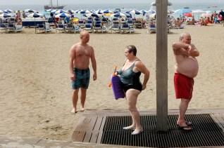 SOCIAL LIFE ON BEACH