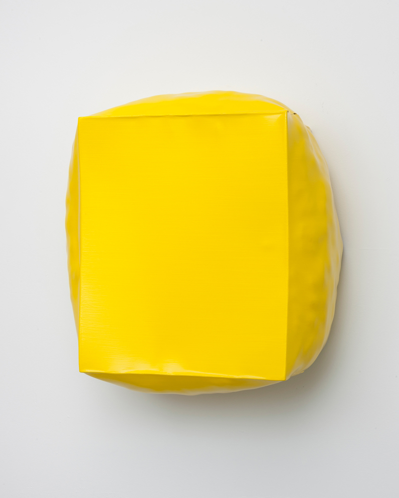 Angela de la Cruz, Burst, yellow, paiting as sculpture, Galerie Thomas Schulte, yellow