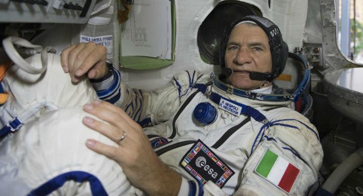 Missione Vita, partita la navetta Soyuz con a bordo Paolo Nespoli
