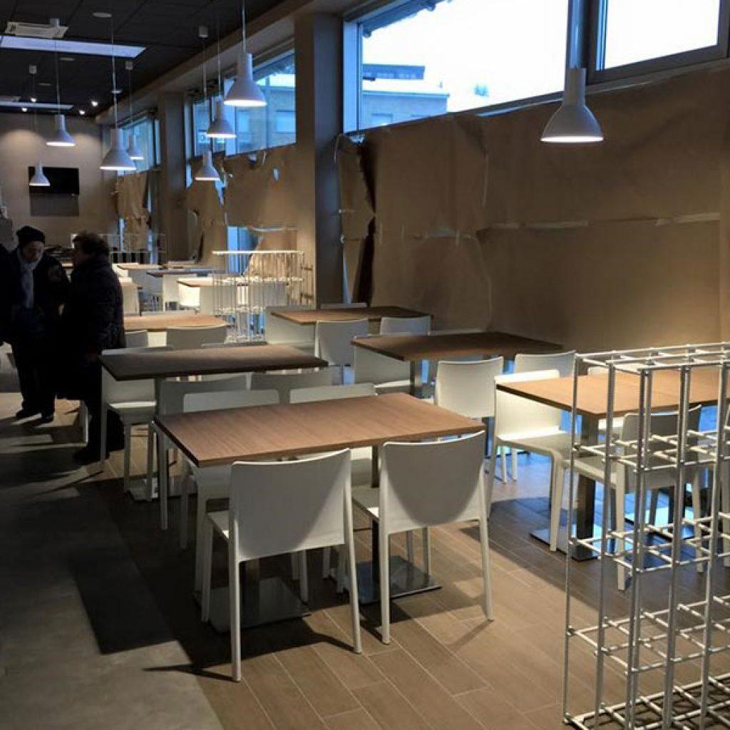 Sgabelli Per Cucina Moderna - Idee di interior design per la casa e ...