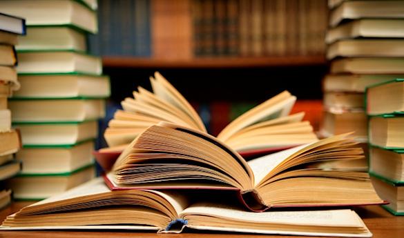 Франківські автори запустили онлайн-флешмоб – читають уривки з власних книг (ВІДЕО)