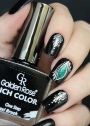sophisticated black nail