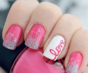 cute pink and white nails design