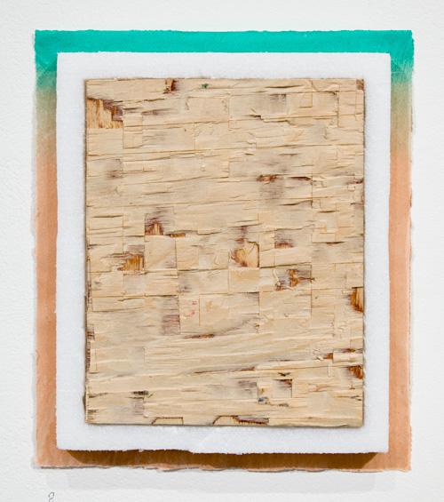 Jenni Rahkonen: Action 1, 2021, Serigrafia käsintehdylle paperille, styroxi, vaneri / screenprint on handmade paper, styrofoam, plywood