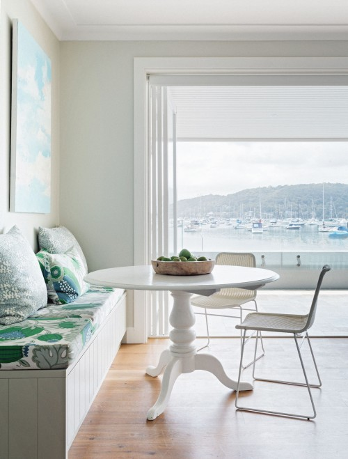Start The Day With The Perfect Breakfast Nook