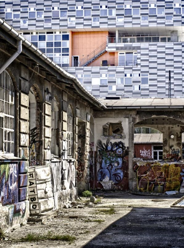 ruin, Amager
