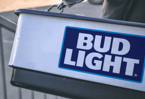 hawking tray Bud Light Pic