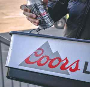 hawking tray Coors Light Pic