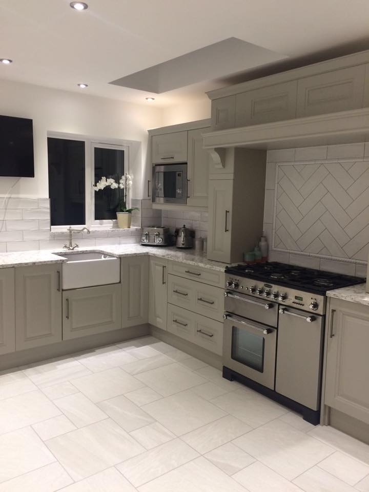 Jefferson Stone Painted Solid Wood Kitchen By The Gallery Fitted Kitchens