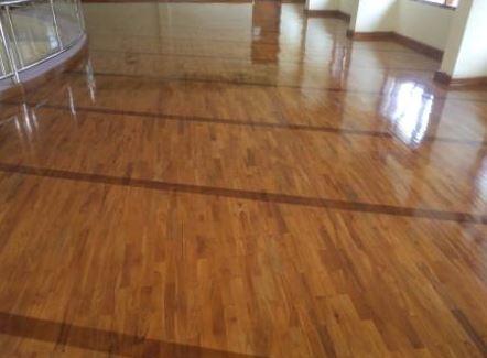 pemasangan lantai kayu Jati rumah Ibadah 2