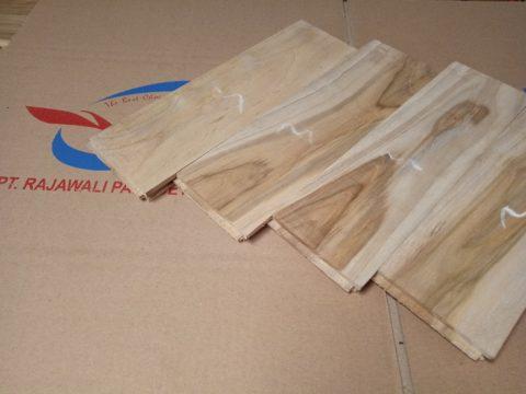 lantai kayu murah jati grade Putih