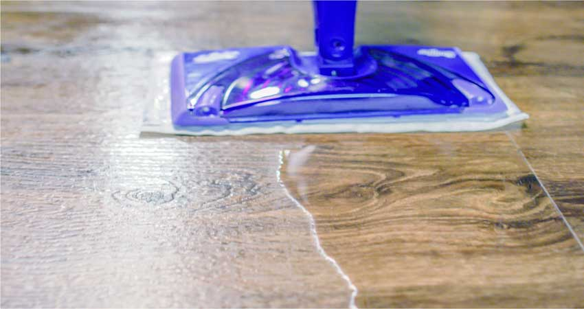 cara merawat lantai kayu dan vinyl