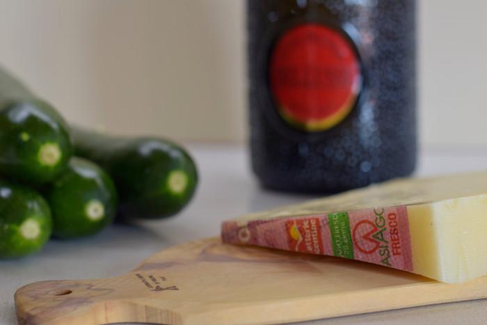 Roll di zucchine e Asiago e Bellussi Cuve Prestige