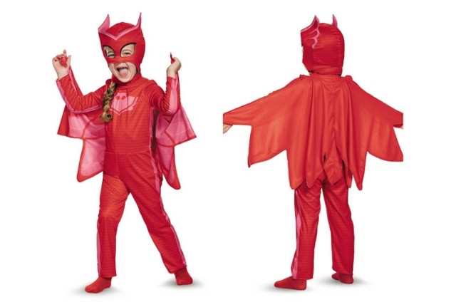 Back and front of the Owlette costume made for toddlers (bigger girls available too!). This inclues suit, headpiece and cape. Deluxe version includes boot covers and gloves.