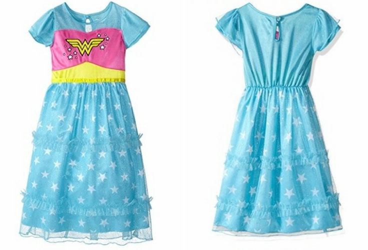A dressy gown or a night gown, this Wonder Woman nightie any toddler will love. Can be used for pretend play too! Very pretty