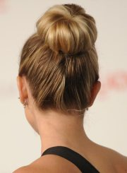 popular bun hairstyles 2019