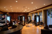 & popular beauty salons