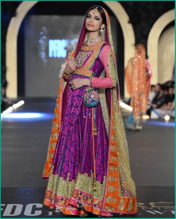 Best  Latest Bridal Mehndi Dresses Designs Collection