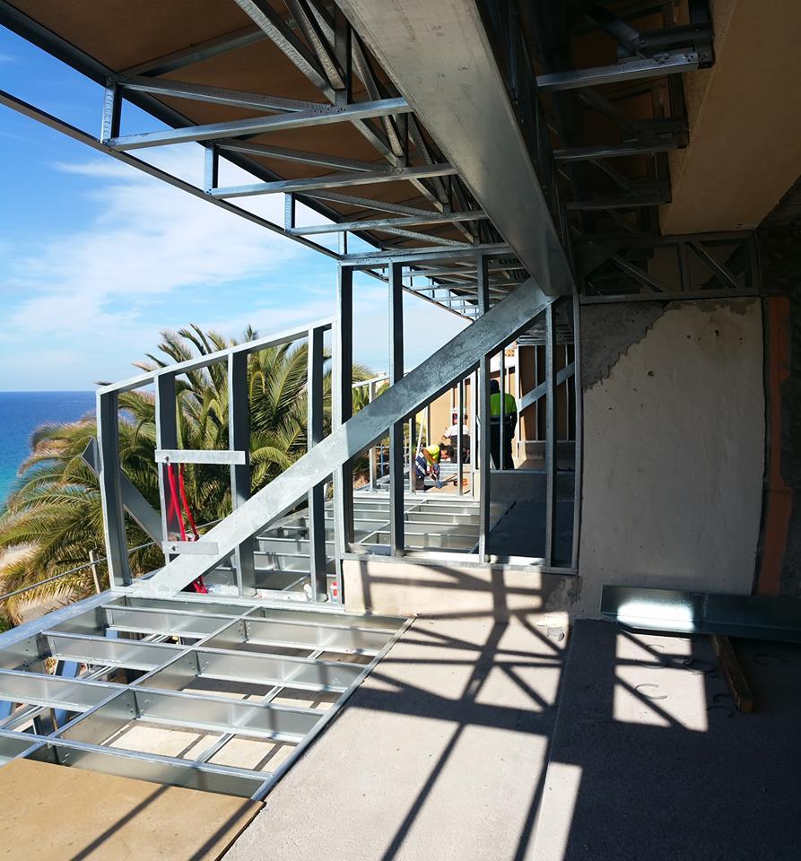 Los apartamentos rocamar están equipados con cocina y ofrecen vistas a la calle o al mar. Ampliación apartamentos Rocamar - Galvanalisis Ampliación ...